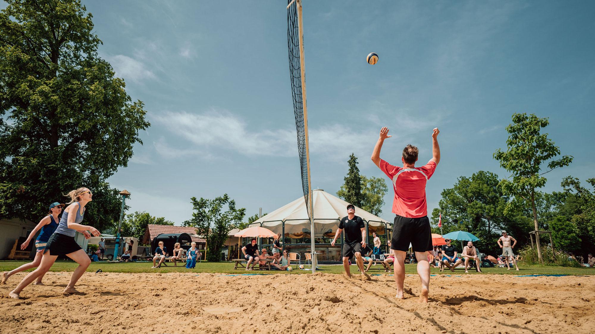 Sport_Beachvolleyball_Lieni_Park